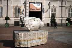 Fabio-Viale_Souvenir-David_2020_marmo-bianco-e-pigmenti_Credits-Nicolo-Campo-DB-Studio_02