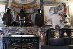 Fabio-Viale_Lorica_2021_marmo-rosa-e-pigmenti_Credits-Nicolo-Campo-DB-Studio_01