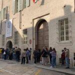 Banksy a Parma, tutti in fila per la mostra a Palazzo Tarasconi