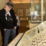 """Festa Cinema Roma 2021. """"Frank Miller – American Genius"""": il fumettista esposto al Louvre"""